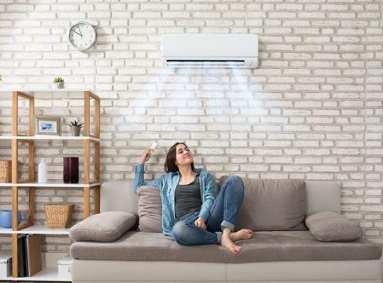 działająca klimatyzacja w domu