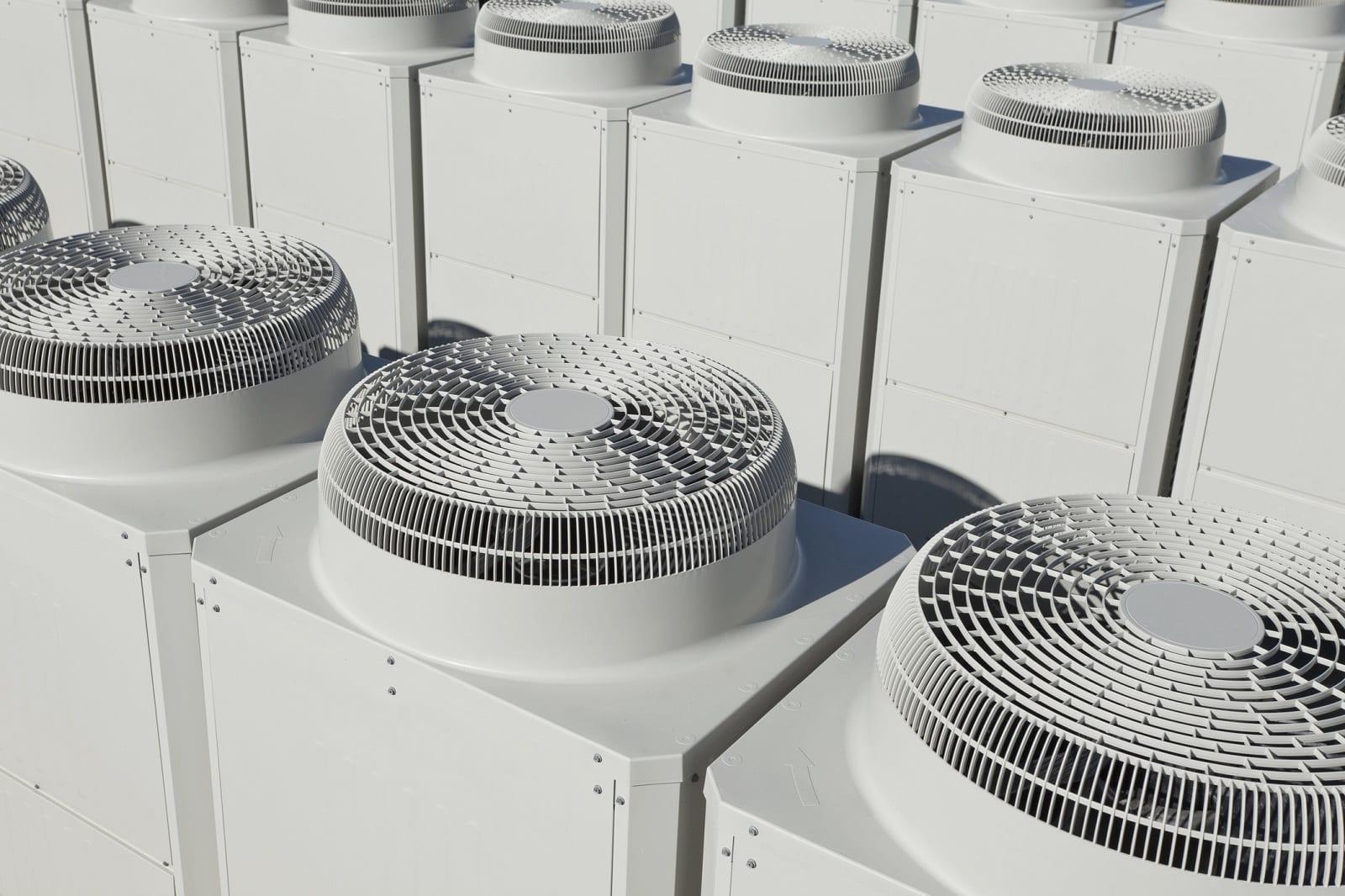 Które firmy są światowymi liderami w produkcji urządzeń klimatyzacyjnych?